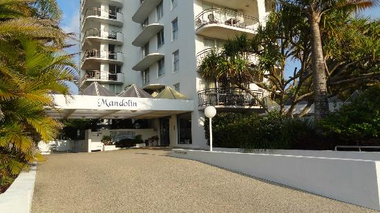Mandolin Resort Apartments: FRONT