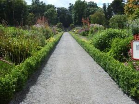 Woodstock House and Gardens Photo