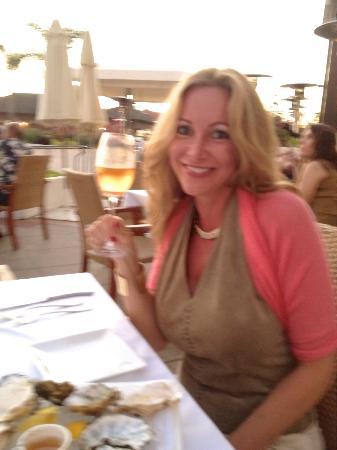 Hotel del Coronado: Having dinner @1500