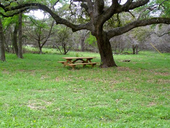 Kreutzberg Canyon Natural Area : A beautiful picnic spot