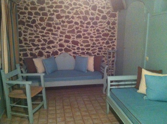 Santorini's Balcony: salon