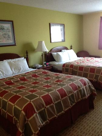 American Heritage Inn: Room
