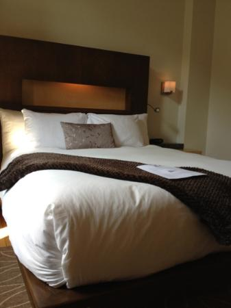 Hotel 71: Lit hyper confo avec couette