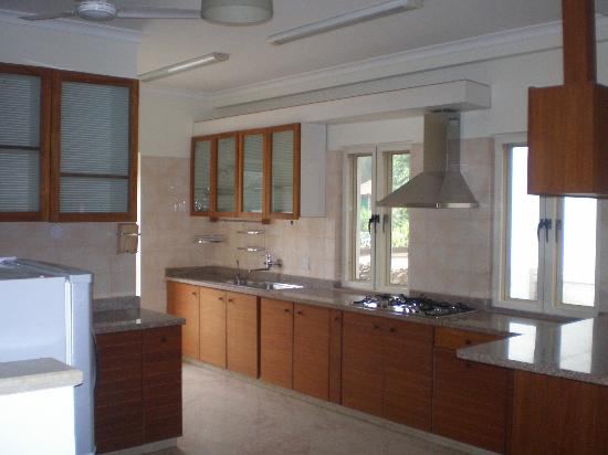 Beleza...by the beach: Kitchen unit in the villa