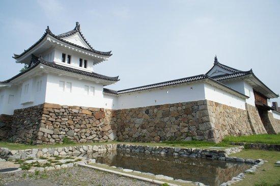 舞鶴公園 (田辺城跡・田辺城資料館)