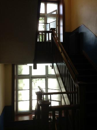 HiQuebec, Auberge Internationale de Quebec: Staircases that leads to the 2nd and 3rd floor of the main building
