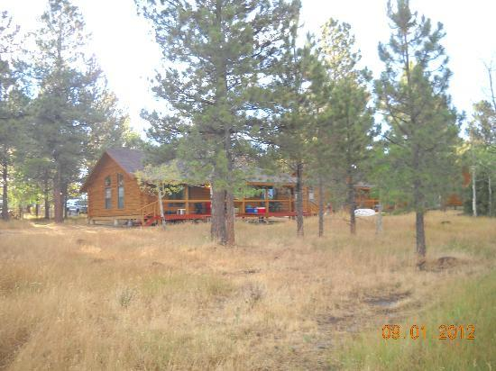 Great home away from home picture of red canyon lodge for Home away from home cabins