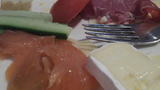 Hilton Copenhagen Airport: Lots and lots of breakfast buffet choices