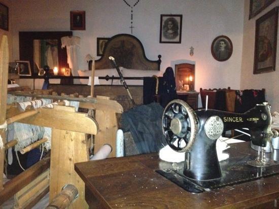 Candele Camera Da Letto : Camera da letto con candele vere accese picture of sa crescia