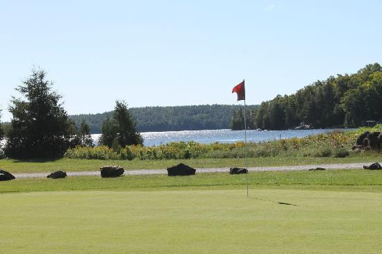 Calabogie Peaks Hotel: View from the golf course...awesome!