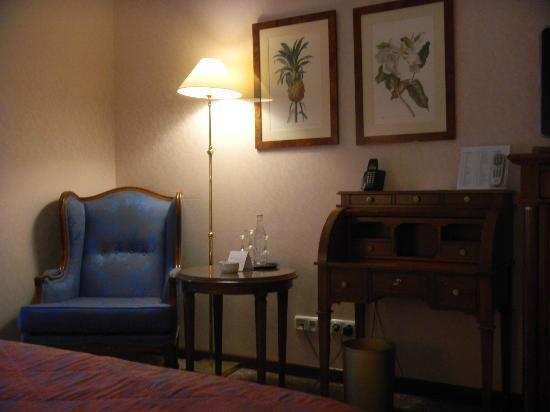 Savigny Hotel Frankfurt City: 客室(旧館)