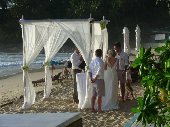 Twinpalms Phuket: Wedding at Beach club Nice !!!!!