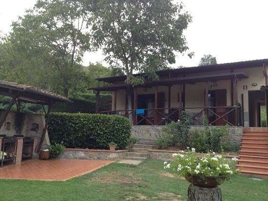 Agriturismo Valleverde: Nice rooms, with great porch