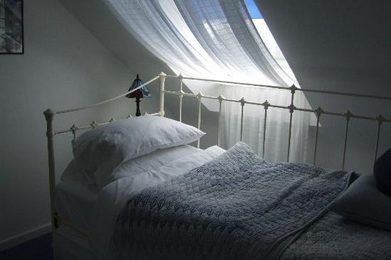 Harvest House: Attic Bedroom 2
