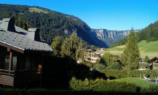 Simply Morzine - Chalet des Montagnes : View from the balcony of Chalet the Montagne.