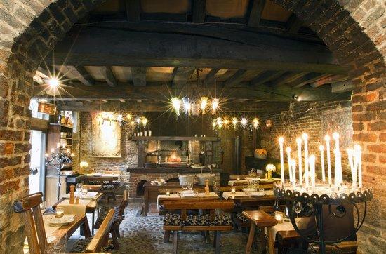 Auberge du Bon Fermier : les écuries sont devenues un restaurant de gastronomie régionale