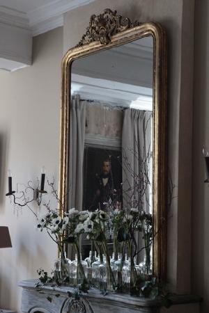 Hotel de Suhard : Un premier aperçu du salon ouvert aux hôtes