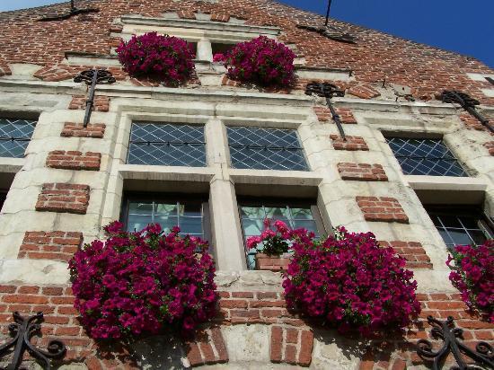 Auberge du Bon Fermier : détail dela façade