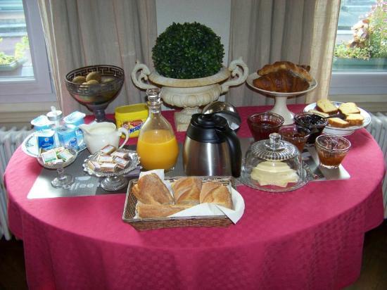 Les Tuileries de Chanteloup: Petit déjeuner