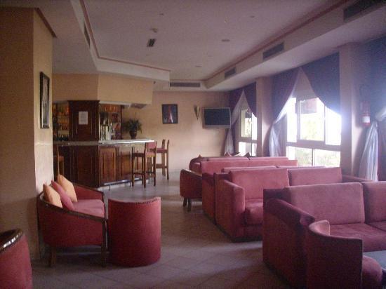 Hôtel Tildi & SPA : Bar de l'hôtel