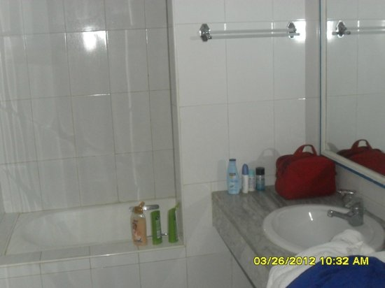 Sangho Club Zarzis : bagno camera