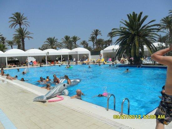 Sangho Club Zarzis : piscina