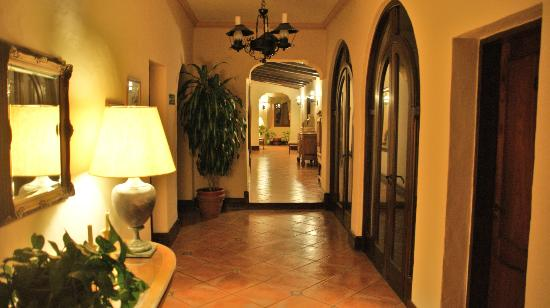 Hotel del Virrey: Entrance area