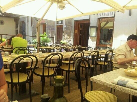 I Ghibellini: terrace