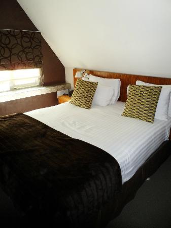 Hotel 55: Letto Hotel
