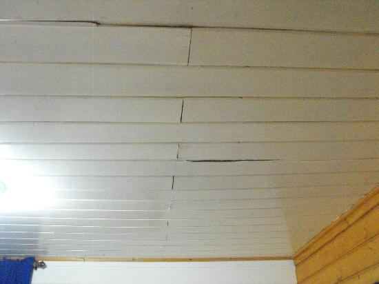 Hotel Laguna: techo de la habitacion