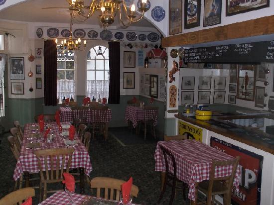 Memories Bistro: In the restaurant