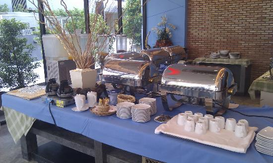 The Lantern Resorts Patong: Buffet Breakfast