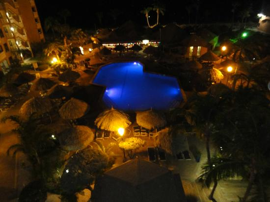 Casa Del Mar Beach Resort: Pool at night, Matthew's in background