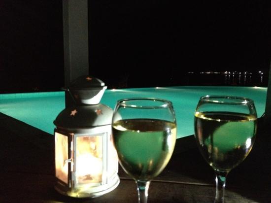 Venus Beach Hotel Bungalows: venus beach pool