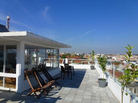The House: Terrasse mit super Aussicht
