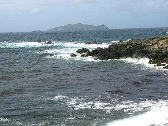 The Dingle Peninsula: View to distant Islands