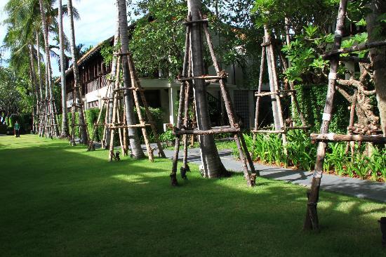 Le Meridien Koh Samui Resort & Spa: GIARDINO