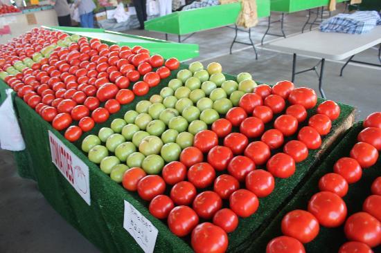 State Farmers Market: Fresh produce