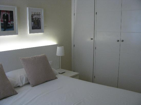Madrid Central Suites: Camera da letto img2