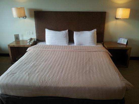 Grand I Hotel: Bed