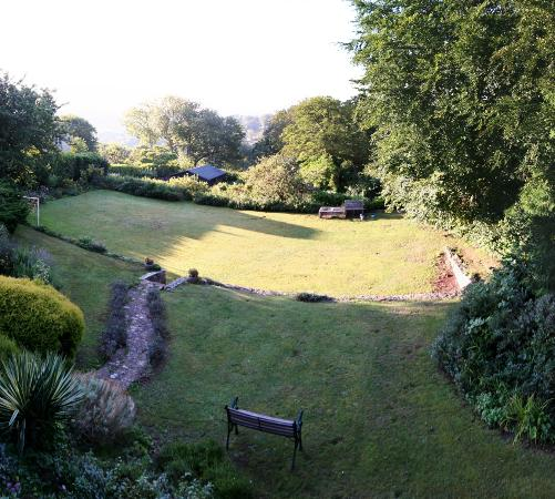 Combe House: Wonderful, relaxing garden