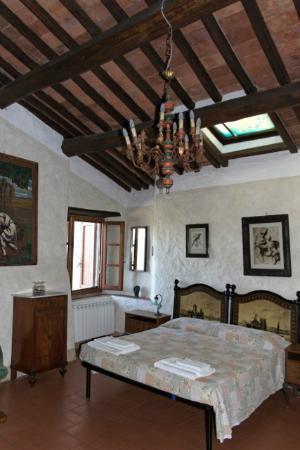 La Ghiandaia: Schlafzimmer