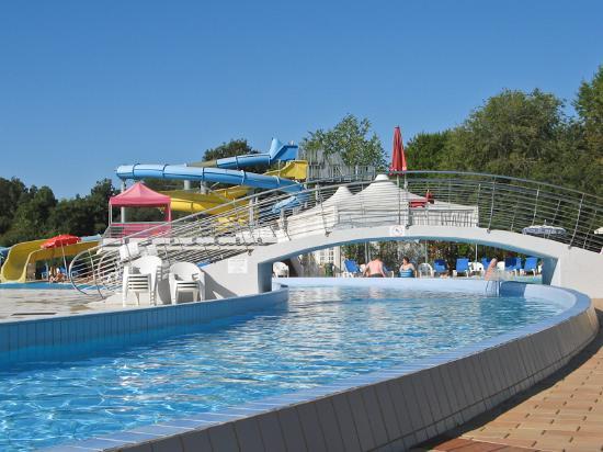 V.T.E. Villaggio Turistico Europa : Pool Rutschen Kanal