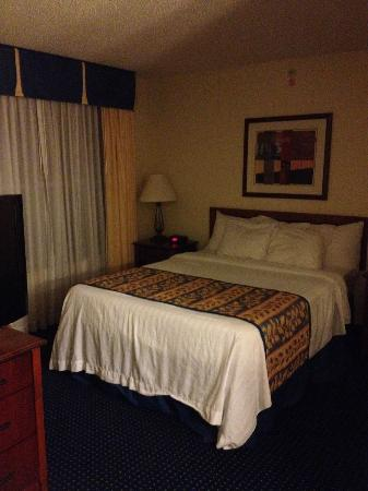 Residence Inn Mt. Olive at International Trade Center: Queen Bed