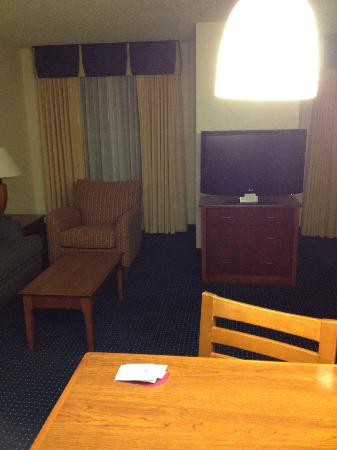 Residence Inn Mt. Olive at International Trade Center: Living Area in Room