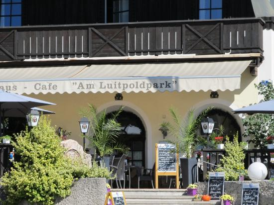 Cafe Am Luitpoldpark: Photo1
