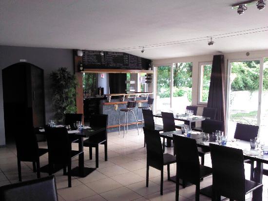 L 39 esplanade fontenay sur loing restaurant avis num ro for Meubles 9 fontenay sur loing
