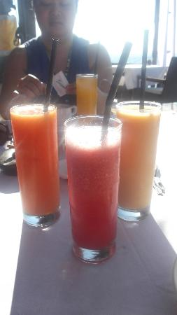 Ko-Ko-Mo Resort: fresh fruit juices daily