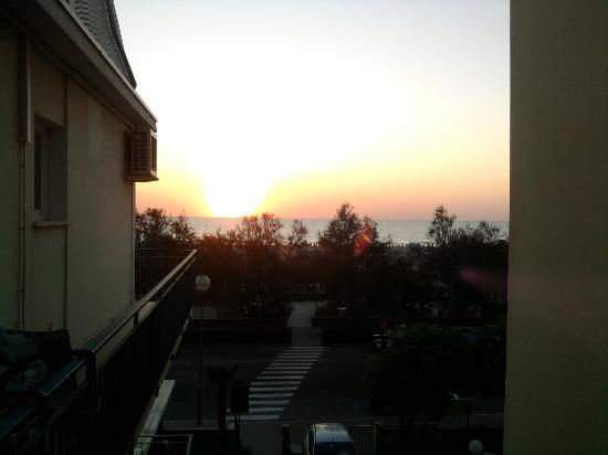 Blues Hotel: panorama dal balcone della mia camera