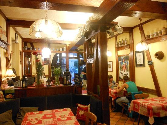 Winstub Ville de Nancy : la salle de restaurant